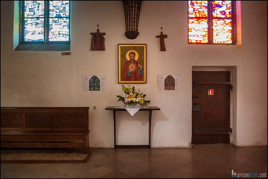 ślub na warszawskiej starówce, kościół przy rynku nowego miasta (5)