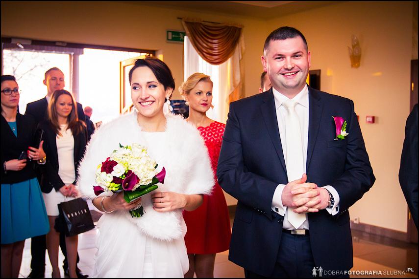 Młoda para przed ślubem