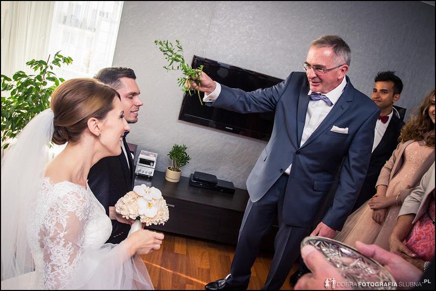 błogosławieństwo przygotowania zdjęcia ślubne