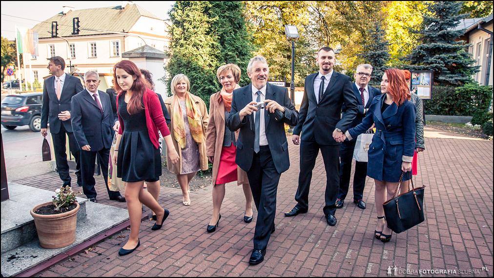 goście na ślubie