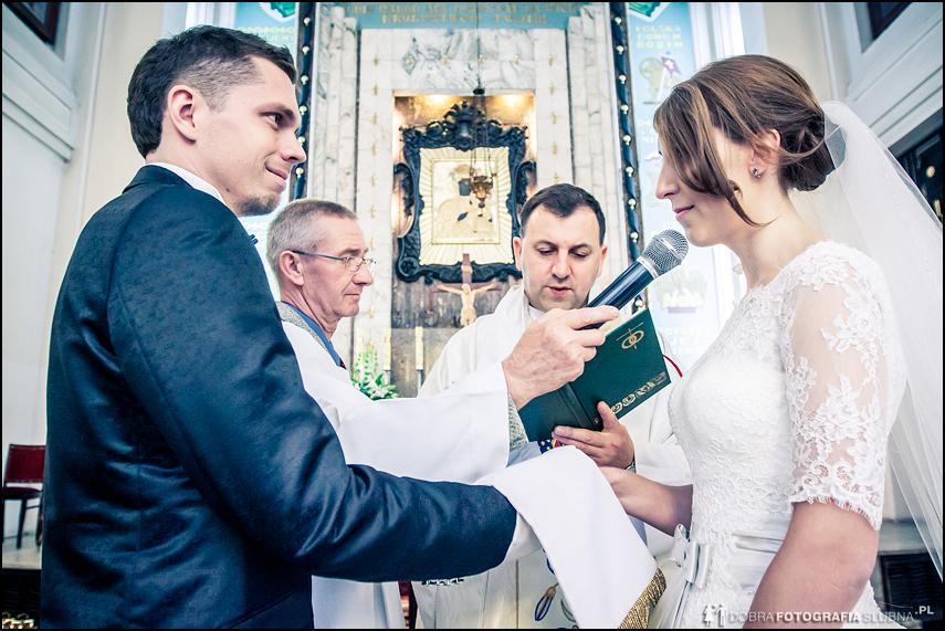 zdjęcia ślubne- przysięga małżeńska