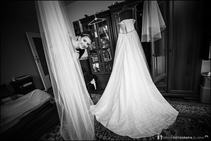 zdjęcia z przygotowań do ślubu jolanty i bartłomieja (6)