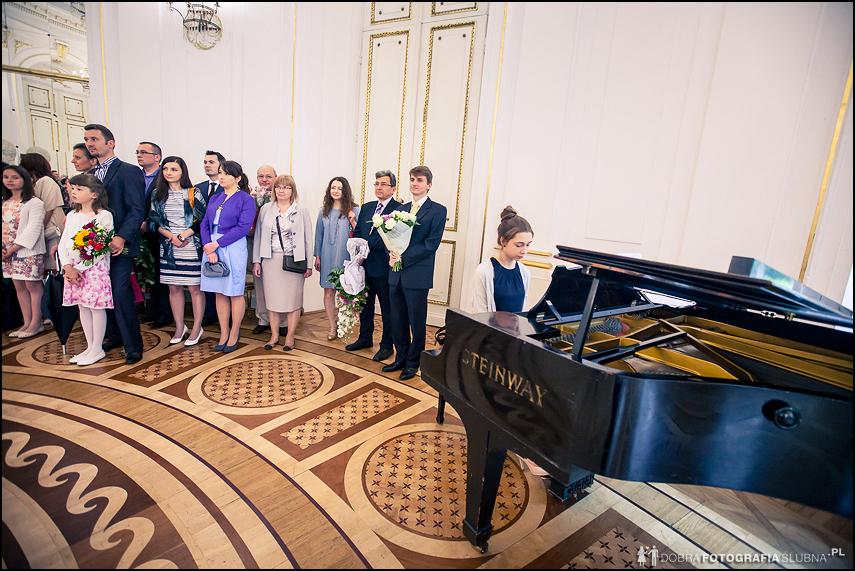 fortepian na ślubie