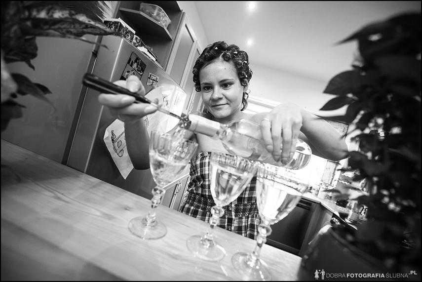 przygotowania kieliszek wino bez korkociaga