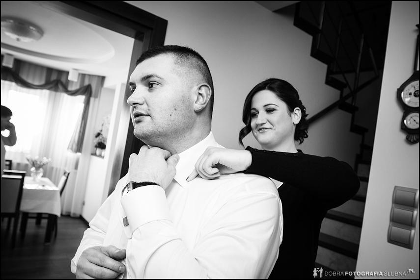 Przygotowania ślubne - ubieranie młodego, Rawa Mazowiecka