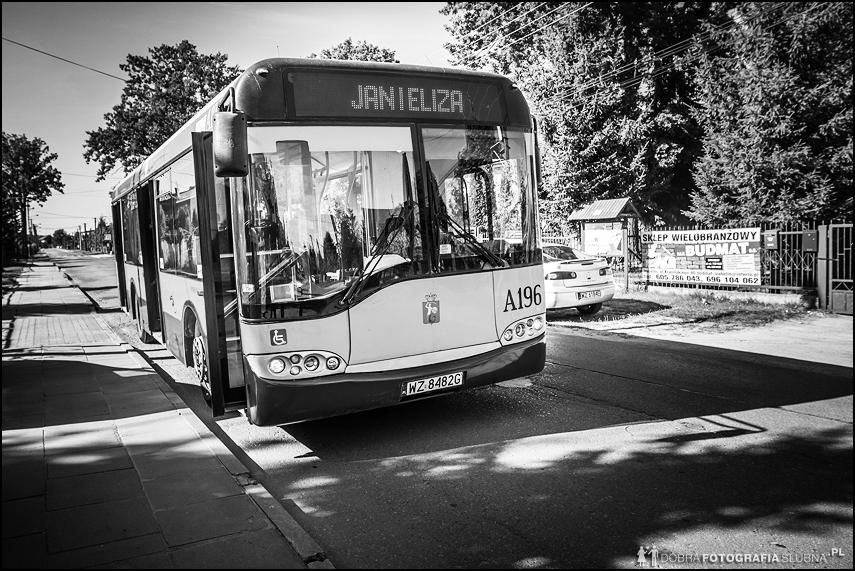 na ślub miejskim autobusem