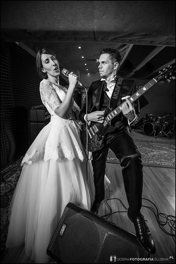 plener ślubny śpiewanie