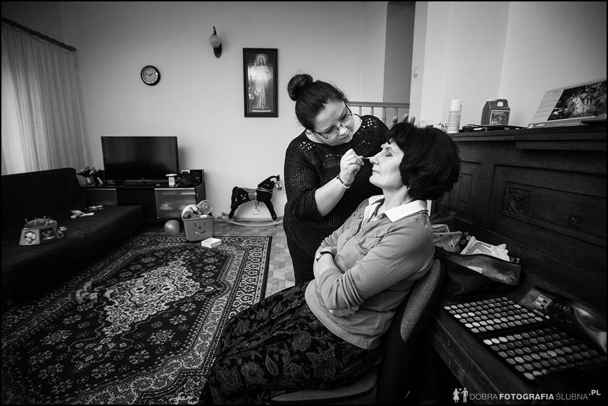 zdjęcia z przygotowań do ślubu jolanty i bartłomieja (5)
