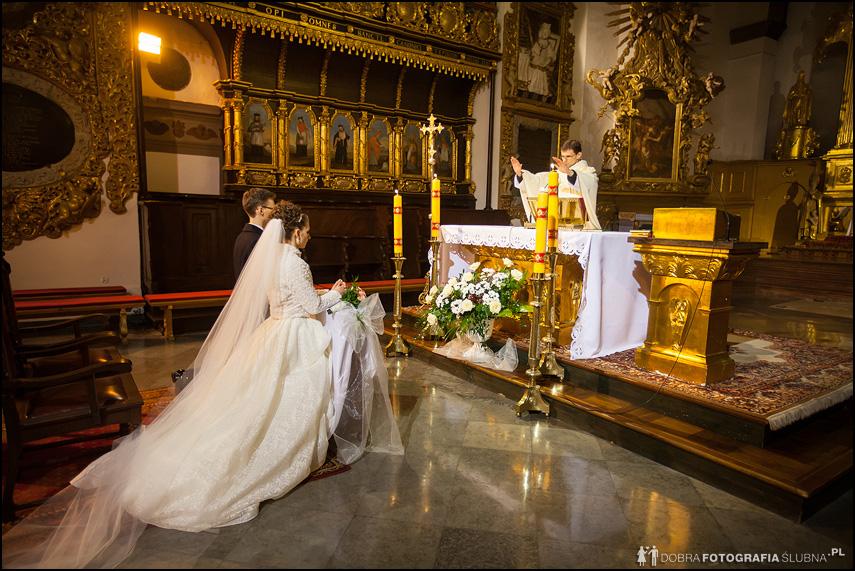 zdjęcia ślubne bazylika zwiastowania nmp pułtusk