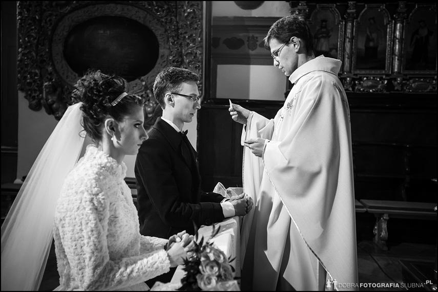 przyjmowanie komunii ślub kościelny